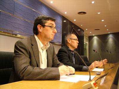 José Luis Centella (izquierda) y Joan Coscubiela, ayer, durante su comparecencia en el Congreso.-