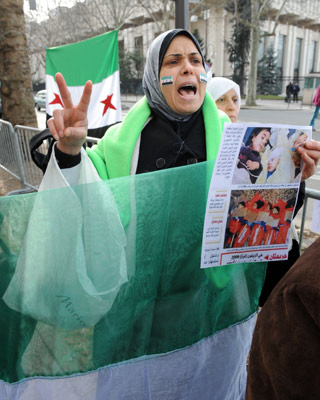 Protesta contra Al Asad, en París. -