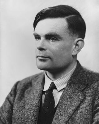 Alan Turing descifró los códigos nazis.-