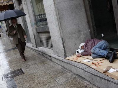 Uno de cada cuatro españoles, en riesgo de pobreza.