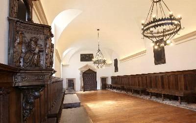 Imagen del refectorio restaurado del Monasterio de Yuso de San Millán de La Cogolla, inaugurado hoy por el presidente de La Rioja, Pedro Sanz.