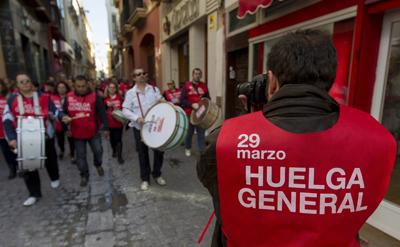 Un piquete informativo, en Sevilla, en el sur de España. EFE