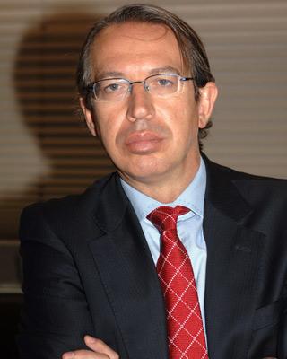 Fotografía tomada el 19 de abril de 2005 en Madrid del periodista José Antonio Vera.