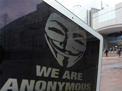 Vista del logo del colectivo de piratas informáticos Anonymous - EFE