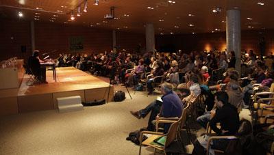Vista de uno de los debates celebrados en el Primer Congreso de Víctimas del Franquismo.