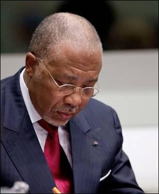 El expresidente de Liberia, Charles Taylor, ha sido condenado por el Tribunal especial de La Haya para Sierra Leona por crímenes contra la humanidad. Reuters