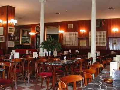El Café Gijón.