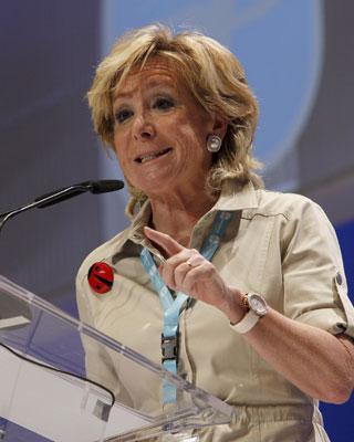 La presidenta de la Comunidad y del PP de Madrid, Esperanza Aguirre.