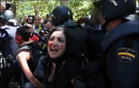 Dos heridos más son retenidos por la policía - AFP