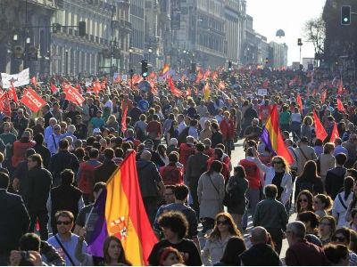 Miles de personas se manifestaron en la última huelga general convocada por los sindicatos el 29 de marzo de 2012.