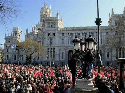 Imagen de la primera gran manifestación en Madrid contra la reforma laboral, el 19 de febrero de 2012.