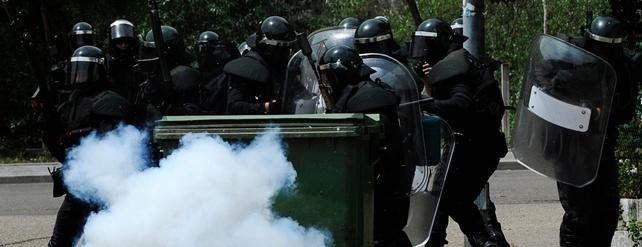 Dos detenidos ha sido el saldo de los enfrentamientos entre guardia civil y mineros en Ciñera - REUTERS