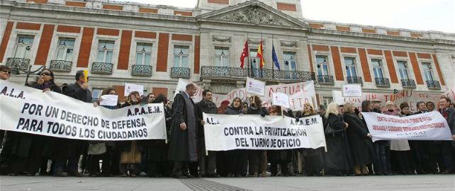 Los abogados de oficio protestan en Madrid.