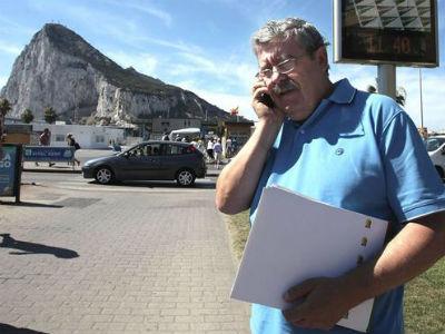 Antonio Romero en Gibraltar al comienzo de su huelga de hambre - EFE