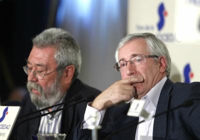 Ignacio Fernández Toxo y Cándido Méndez, en un desayuno informativo el 19 de septiembre de 2012.