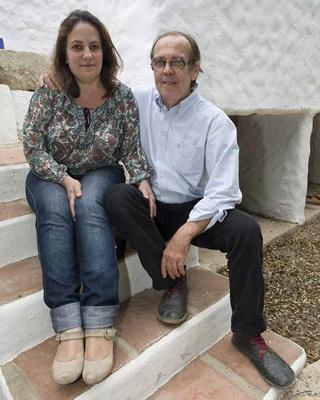Resurrección Galera junto a su marido Johannes Romes.-CARLOS PÉREZ