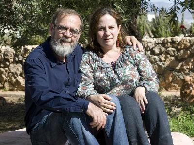 Resurrección Galera con su marido, Johannes Romes, en una foto de archivo. EFE