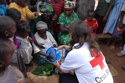 Cooperantes de Cruz Roja en Guinea.