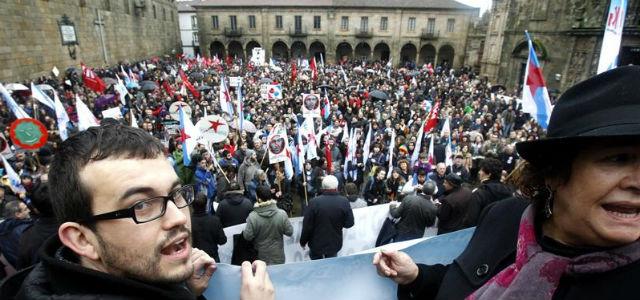 Manifestación, hoy, en Santiago de Compostela, en defensa de la lengua gallega. EFE