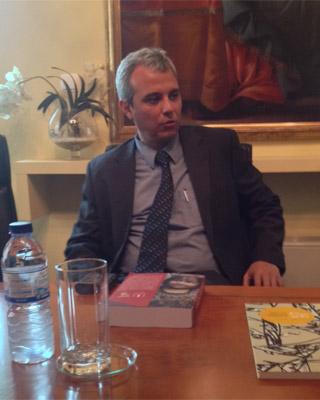 Francisco Soto, durante el encuentro en la sede del Defensor del Pueblo.