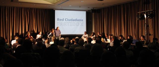 Varios miembros del Partido X durante el acto de presentación en el Círculo de Bellas Artes de Madrid.
