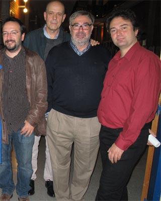 Jorge Morales Romero (centro), junto a investigadores de otras universidades. -PMMV