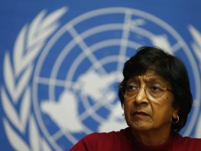 La Alta Comisionada de la ONU para los Derechos Humanos, Navi Pillay, durante la rueda de prensa en Ginebra.