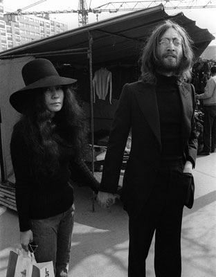 Yoko Ono y John Lennon, en una foto tomada el 22 de marzo de 1969. AFP