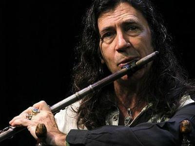 Jorge Pardo, en plena actuación. EFE