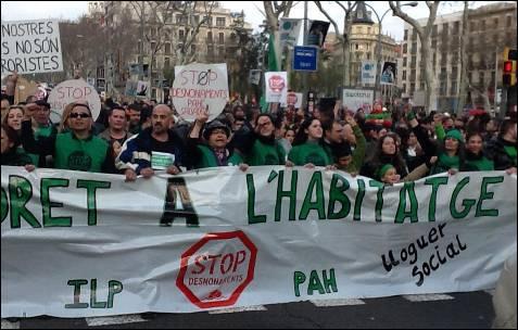 'Derecho a una vivienda', se grita en Barcelona.