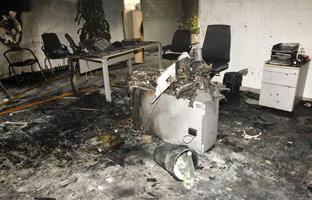 Una desahuciada se quema a lo bonzo en un banco de Castellón