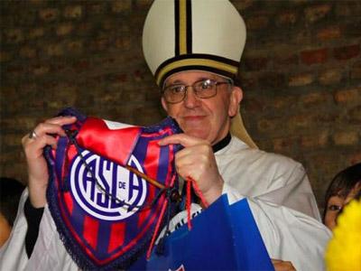 1363215579221bergogliodn - El Papa que se inspiró en el fútbol