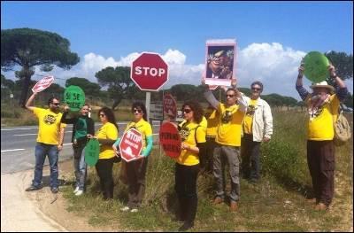 Protesta de la PAH contra Rajoy en Doñana. PAH