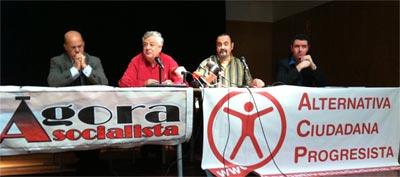 Los impulsores del manifiesto este miércoles, durante un acto en Barcelona.A. C. P.