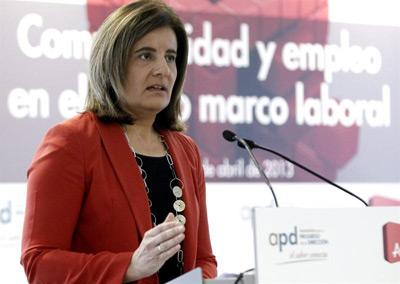 La ministra de Empleo, Fátima Báñez, durante su intervención en la inauguración de la jornada 'Competitividad y empleo en el mercado laboral'