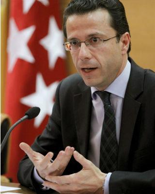 El consejero madrileño de Sanidad, Javier Fernández Lasquetty,en rueda de prensa. EFE/Chema Moya