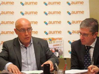Jorge Bravo, a la izquierda, en una rueda de prensa de AUME/Foto: Europa Press