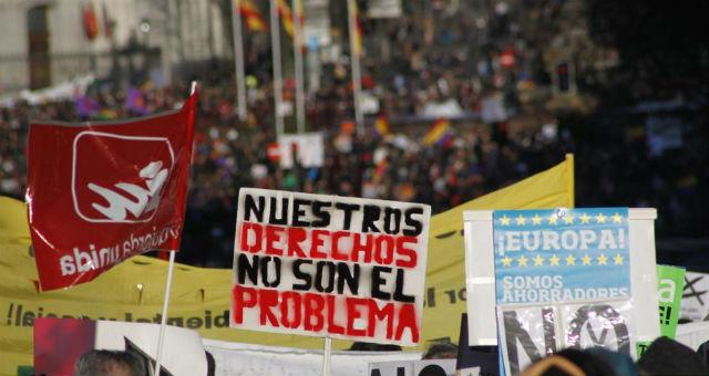 Pancartas de la 'marea ciudadana' que tuvo lugar en Madrid el pasado 23 de febrero. JAIRO VARGAS