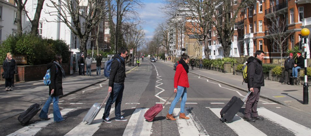 Imagen de la campaña 'No nos vamos, nos echan'.