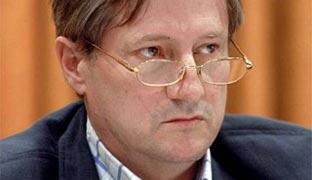 """Willy Meyer: """"Europa está cada vez más subordinada a EEUU"""""""