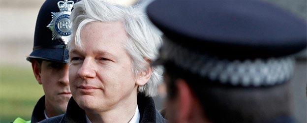 Ecuador concede el asilo político a Assange