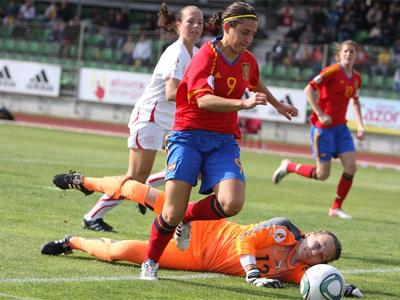 Verónica, en un partido con la selección española.