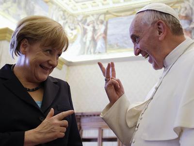 La canciller alemana Angela Merkel y el Papa Francisco, en su reunión de este sábado en el Vaticano.