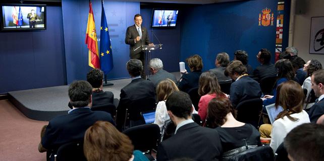 El presidente del Gobierno, Mariano Rajoy, durante la rueda de prensa en Bruselas tras la cumbre de la UE.