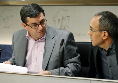 Los portavoces de la Izquierda Plural, José Luis Centella (IU) y Joan Coscubiela (ICV).- EFE