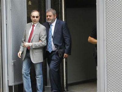 Miguel Durán, defensor del número dos de la trama Gürtel, Pablo Crespo, a su salida esta tarde de la Audiencia Nacional, donde el extesorero del PP Luis Bárcenas ha comparecido ante el juez Pablo Ruz. -EFE