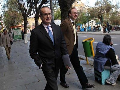 el embajador de España en La Paz acude a la Cancillería a entregar la disculpa. EFE