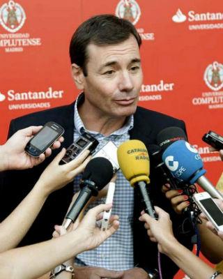 El secretario general del PSM, Tomás Gómez,en los cursos que la Universidad Complutense de Madrid organiza en San Lorenzo de El Escorial. UCM/EFE