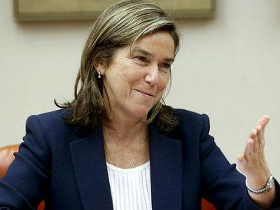 La ministra de Sanidad, Ana Mato, en una imagen de archivo. EFE