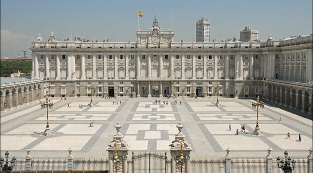 Vista de la Plaza de Armas del Palacio Real, en Madrid.
